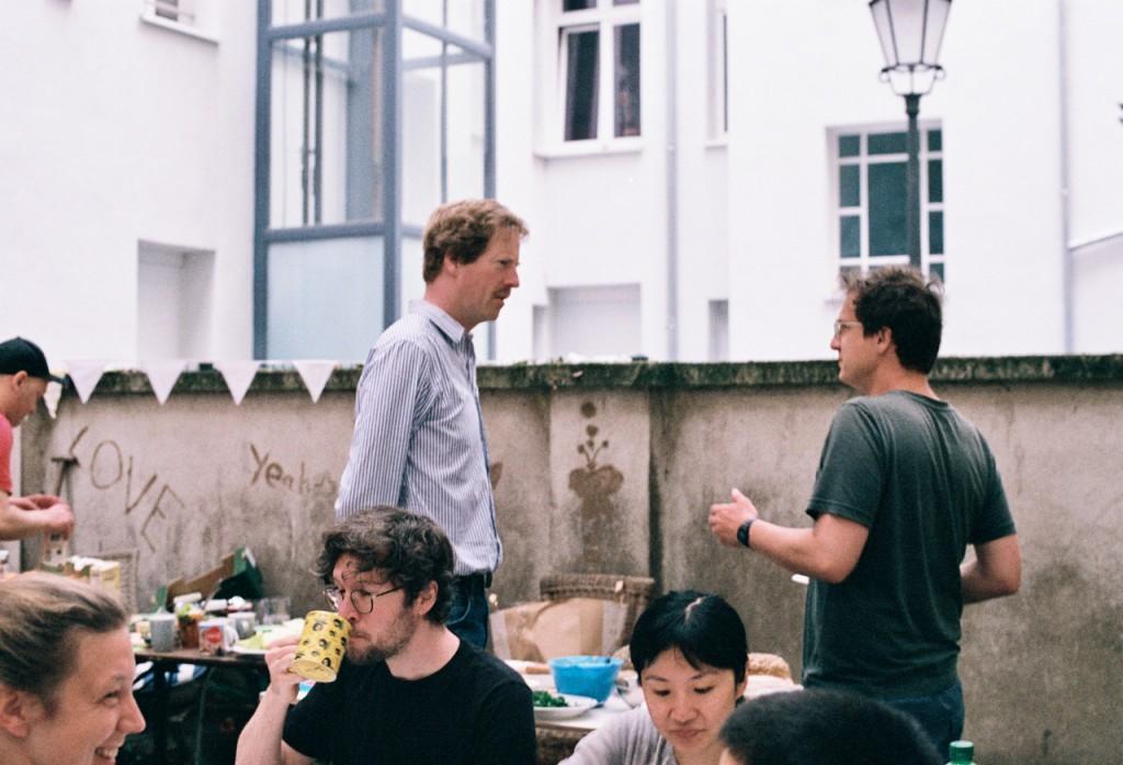 Mietergemeinschaft Rudolf Lehmbruck e.V. Sommerfrühstück im Hof